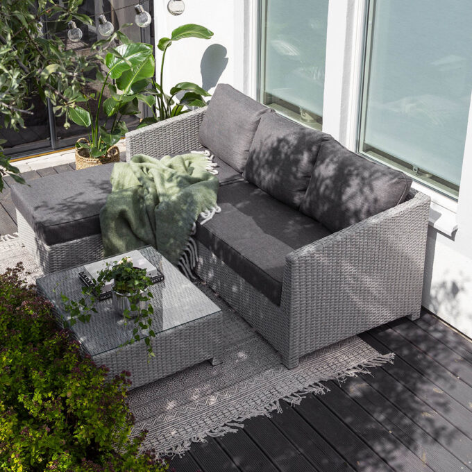 Sofagruppe Conmay grå kunstrotting med sjeselong
