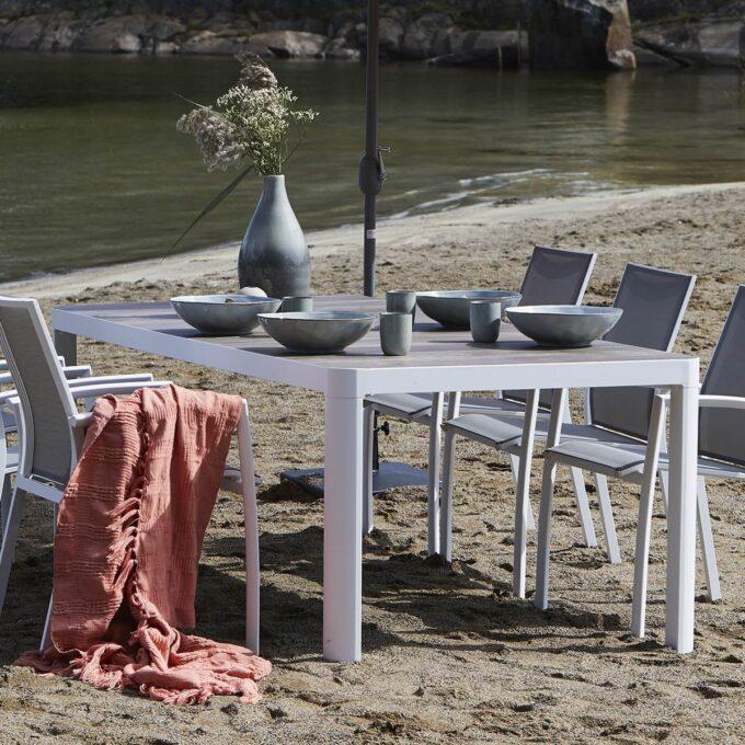 Spisebord Dakota hvit matt aluminium/keramisk topp