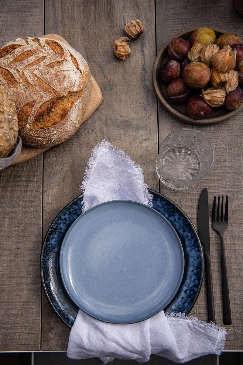 borddekning brød kaker