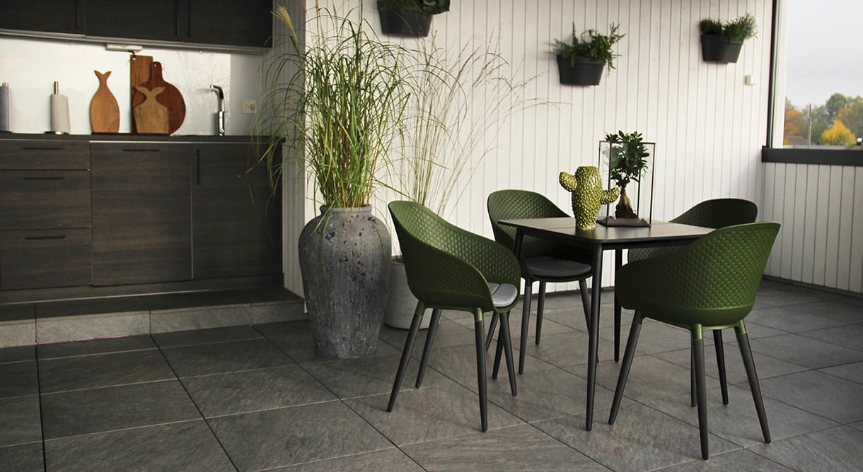 hagemøbler i sort og grønt pasa formosa