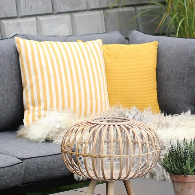 Pyntepute gul og pyntepute med gule striper