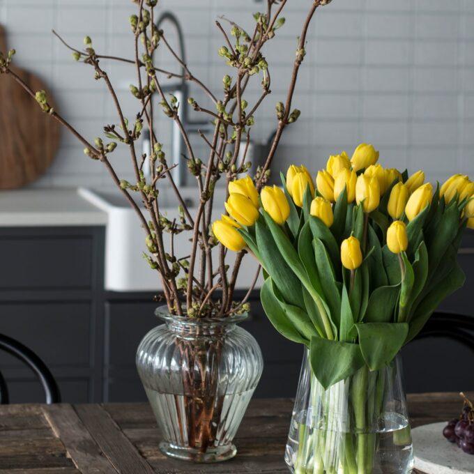 Vase, glass m/riller, Ø 14,8 cm