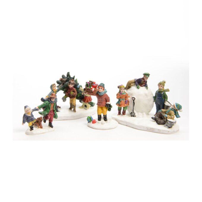 Juleby barn som leker