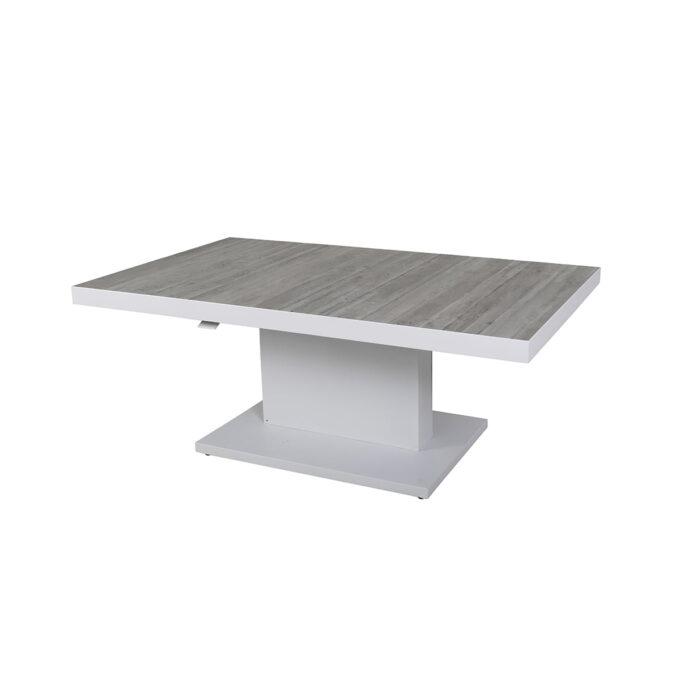 Flott og praktisk bord som kan brukes til både spisebord og salongbord ute.