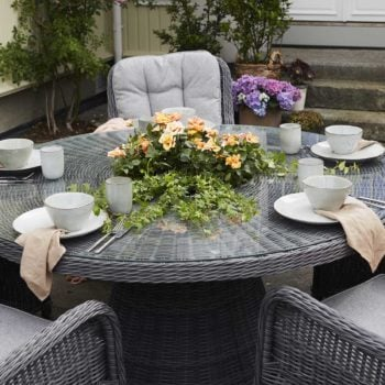 Spisebord Lindholm m /dreieplate og icebucket