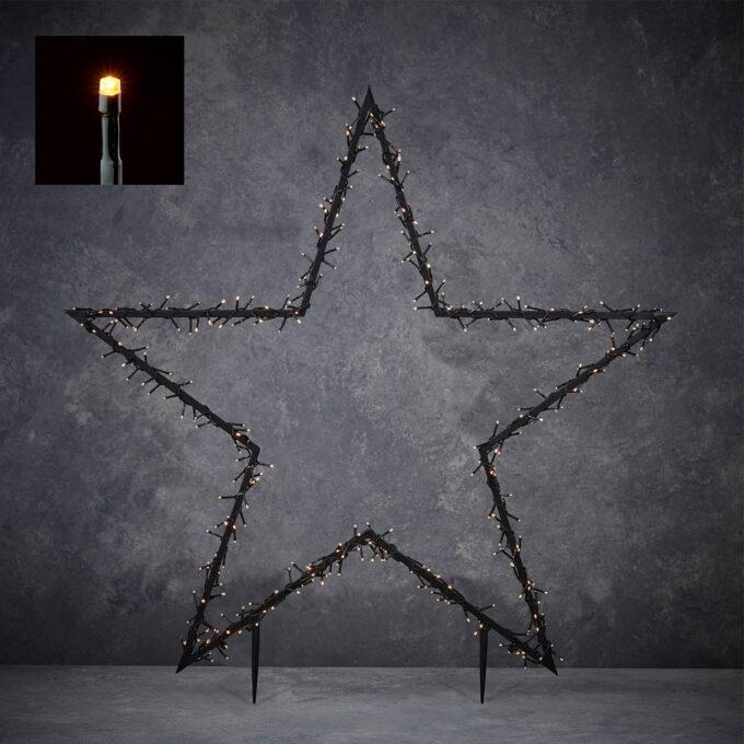 Pynt opp i hagen din med denne stjernen som lyser 8 lysfunskjoner og med timer. Gir et varmt og fint lys. 225 snake LEDlys, høyde 102 cm.
