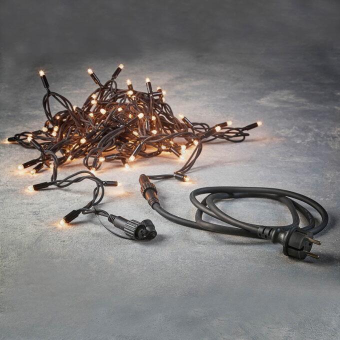 100 lys på 10m kabel. Lys opp hus og hage med Luca connect. Enkelt å installere på 1-2-3. Kan kobles sammen til maks 100 meter.