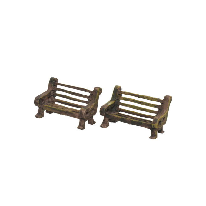 En koselig benk hører også med til julebyen, eller som pynt rundt pepperkakehuset. 3,5x3,5 cm