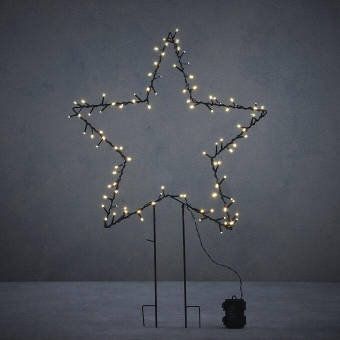 Hagestjerne til å pynte opp ute. Kommer med 150LED lys, 8 lysfunkjoner og timer. Gir et klassisk fint hvitt lys. Går på strøm.