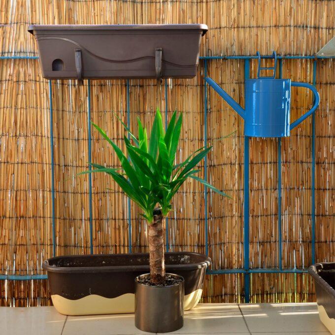 Levegg av bambus er laget av tynne, lange og fleksible bambusrør som er bundet sammen til ulike høyder.