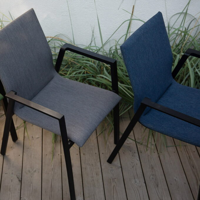 Stablestol fra Austin i Sort/blå eller sort/antrasitt