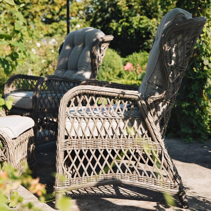 Reclinerstol Samsø i kunstrotting, er også en del av reclinersettet