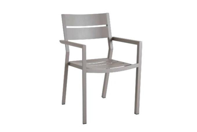 Stablebar spisestol med god sittekomfort i khakifarget aluminium.