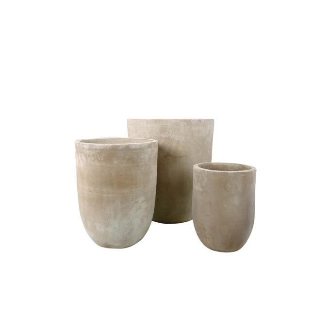 Terracotta potte til utendørs bruk, silikonbehandlet med dreneringshull.