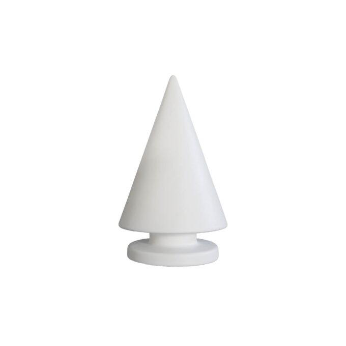 Stilrent juletre fra dbkd i hvit keramikk. Kommer i tre størrelser, 12,16 og 24 cm. Dette er den på 24 cm.