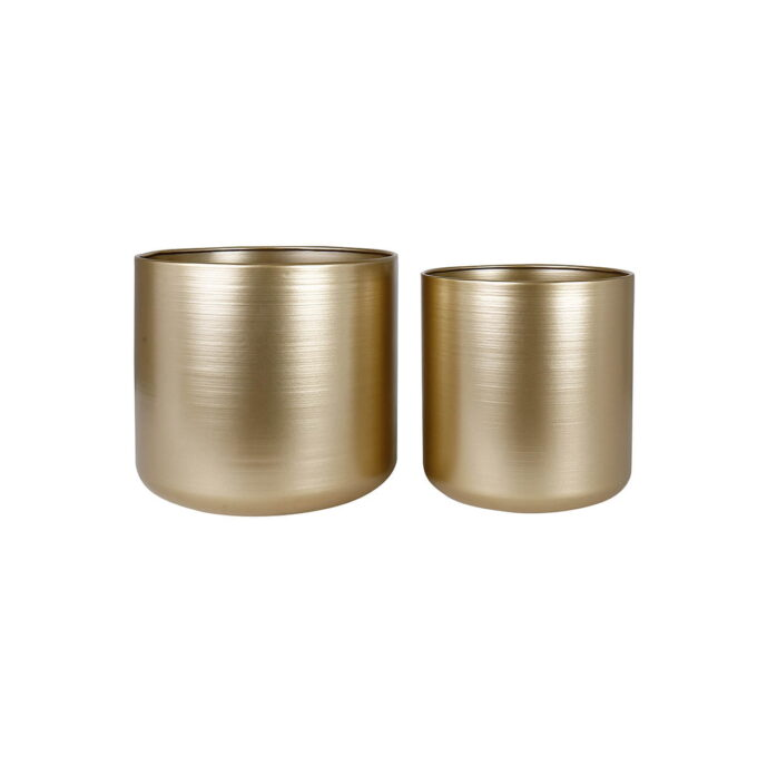 Elegant og tidløs potteskjuler som får enhver juleblomst til å skinne litt ekstra. Velg mellom 2 størrelser.