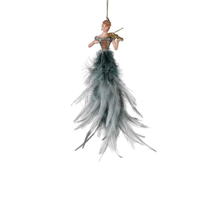 Elegant ballerina med kjole av grå fjær.