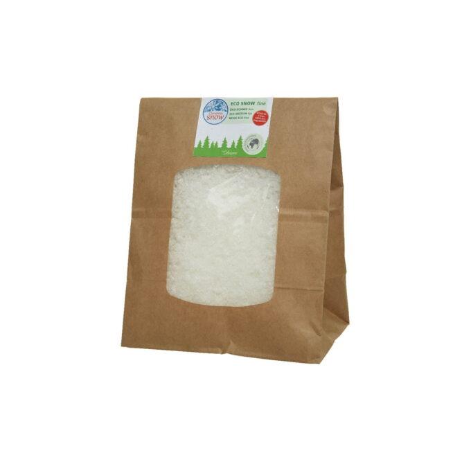 Med denne kunstsnøen gir du julebyen din et stemningsfullt snødryss. Snøen er laget av nedbrytbar maisstivelse.