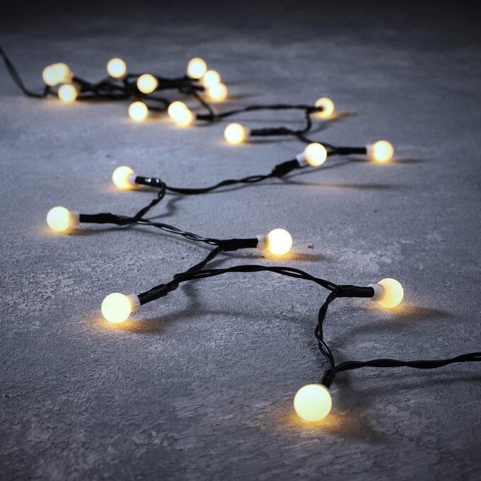 Lysslynge Berry klassisk hvit 48 LED