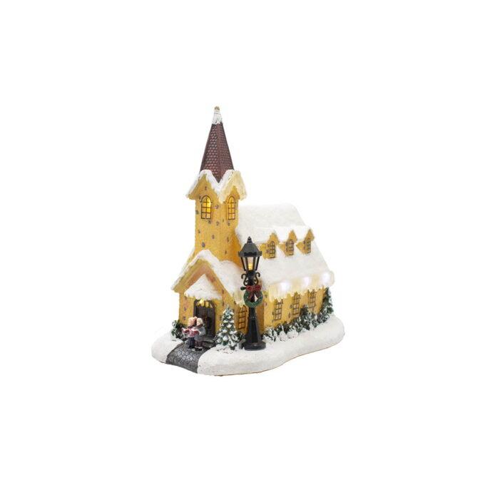 La julefreden senke seg med denne vakre og ærverdige kirken i vinterlig prakt, med kor som synger Glade jul.